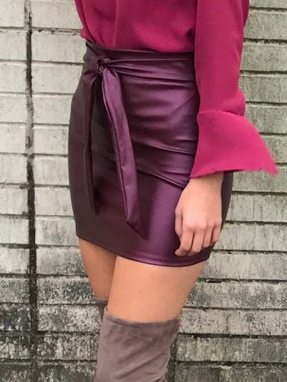 Mauve Metallic Faux Leather Mini Skirt with Tie