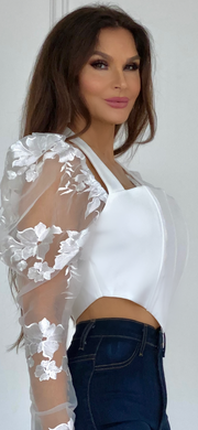 Reigns End White Corset Top With Lace Puffy Sleeve