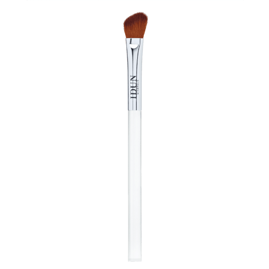 ANGLED BLENDING BRUSH