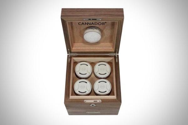 4-Strain Humidor (w/Drawer) by Cannador