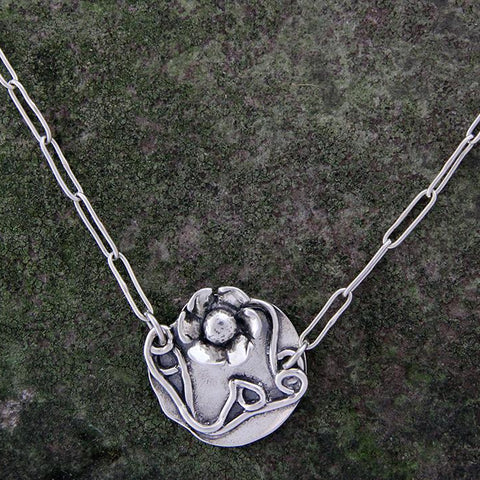 Sterling Silver Lily Pad Necklace with Daisy