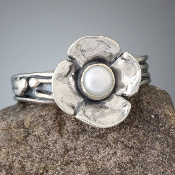 Dogwood Flower Pearl Ring
