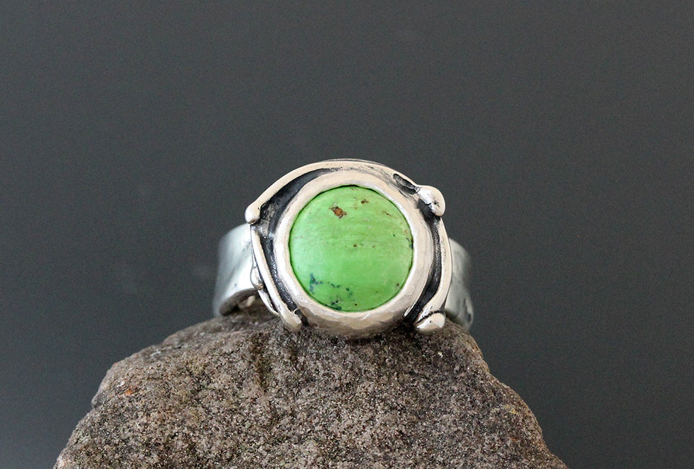Sterling Silver and Gaspeite Ring with Vine Bezel