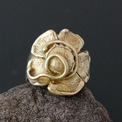 Brass Flower Ring with Vines - Size 7 1/2