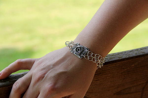 Sterling Silver Chain Link Bracelet with Reticulated Spiral Element