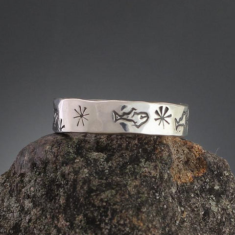 Sterling Silver Fish & Star Stamped Ring - Size 5 3/4