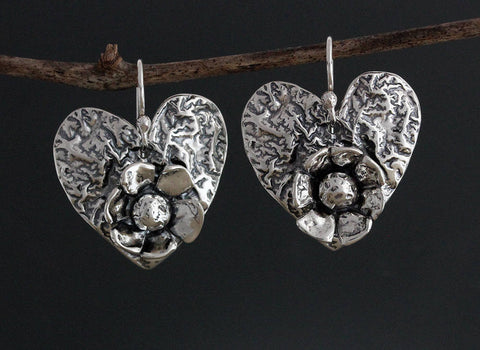 Sterling Silver Reticulated Heart with Daisy Flower Earrings