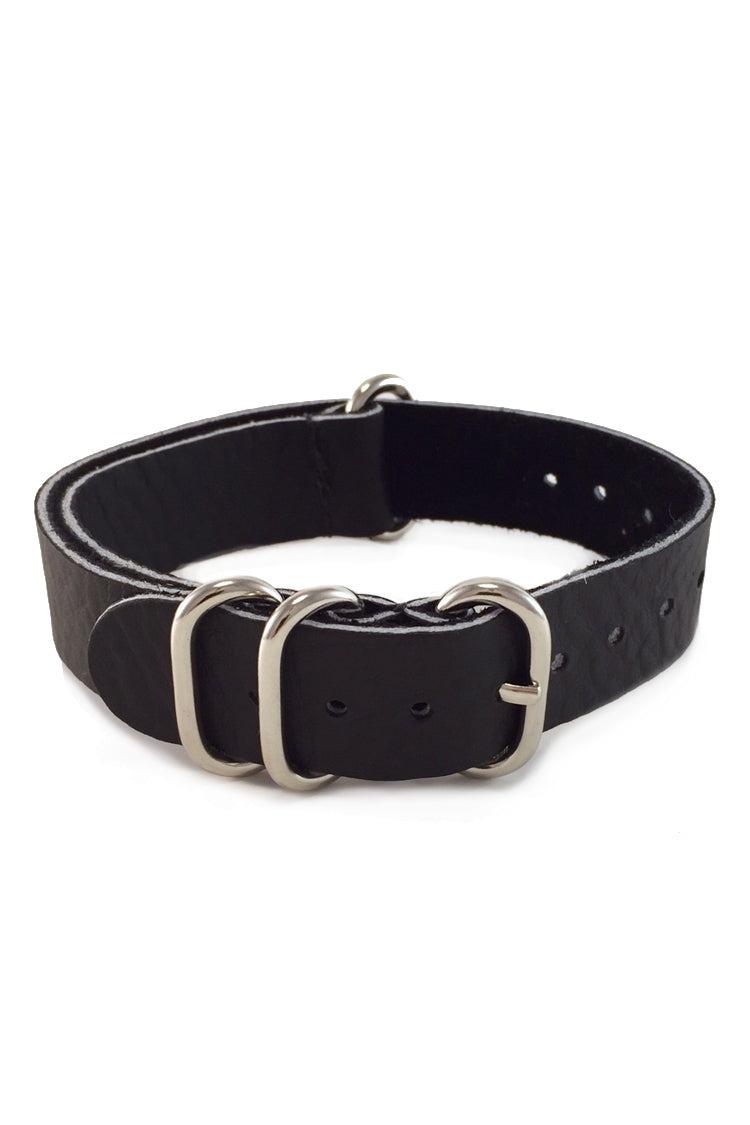 Handmade genuine leather from Hammer Creek Leather. Shown in black. Nickel plated hardware, Amish made in the USA