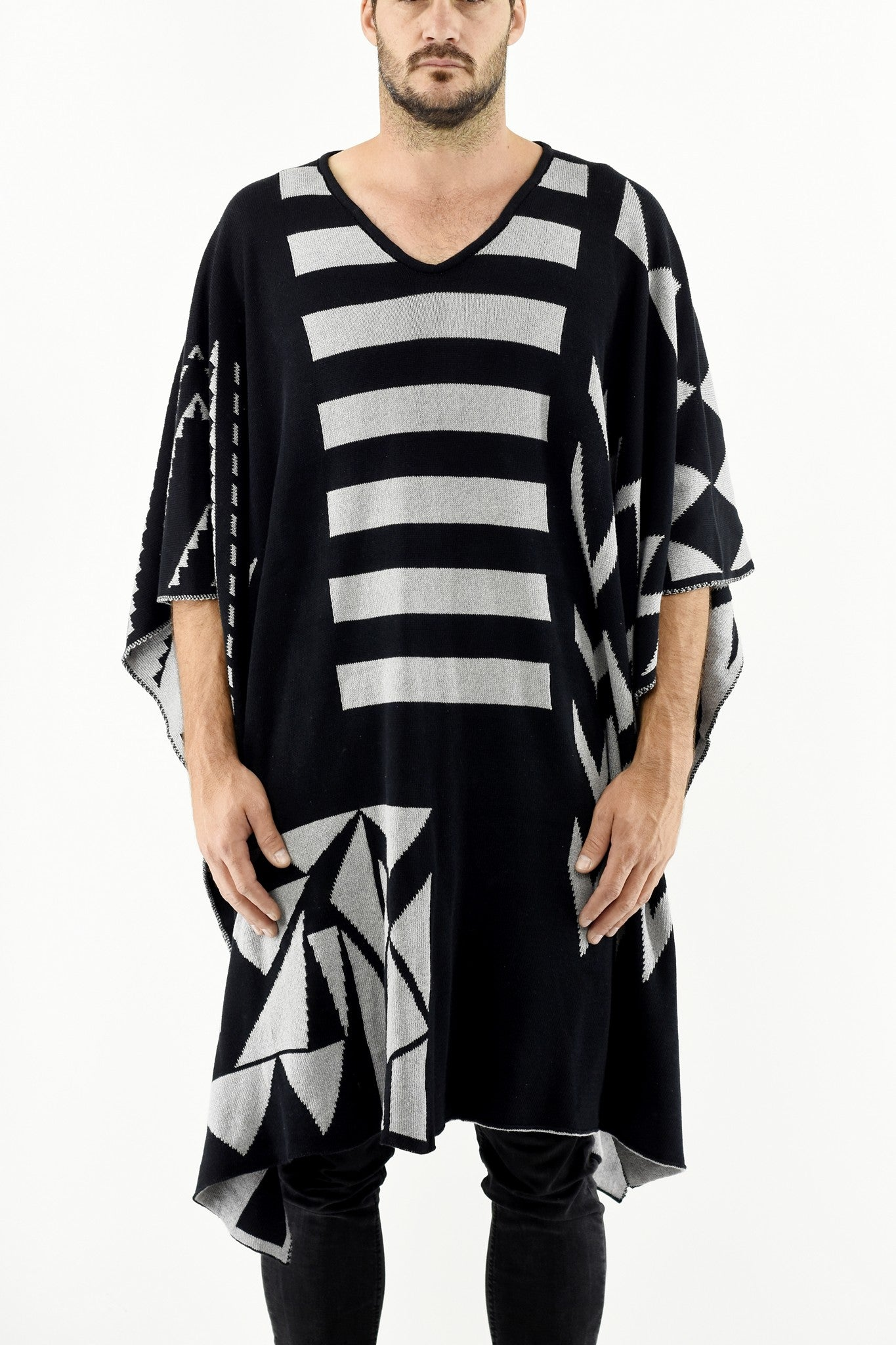Mens Knitwear V-Neck Black/Grey Poncho ZG5253