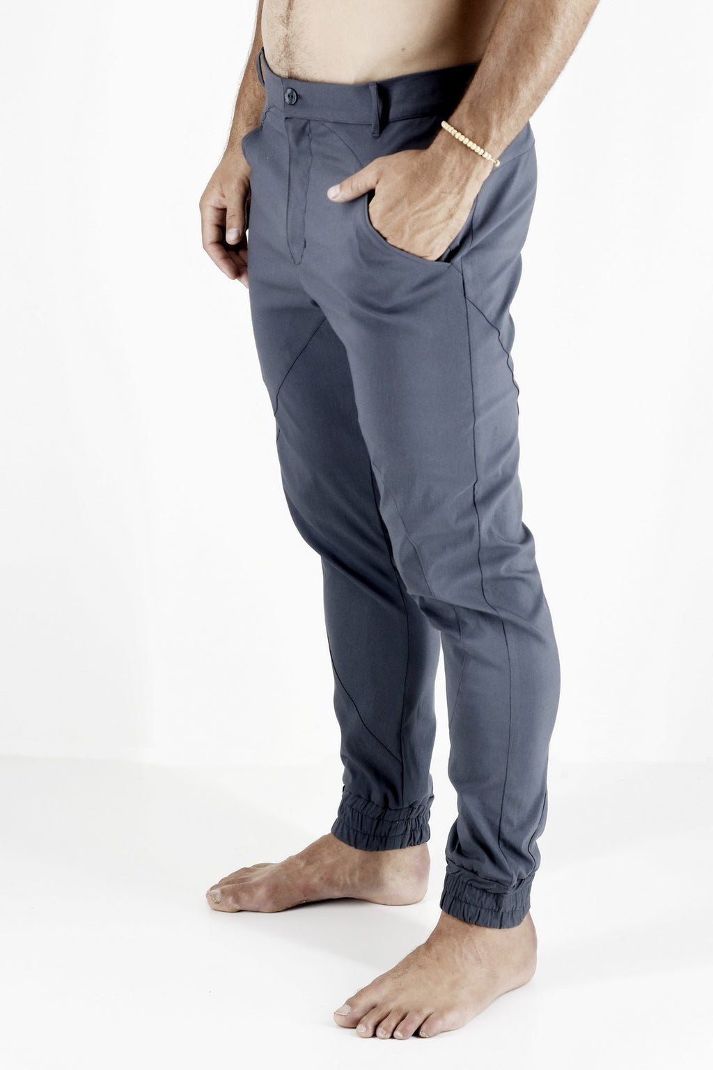 Mens Pants Grey with Pocket Detail and Elasticated Cuff ZG5181