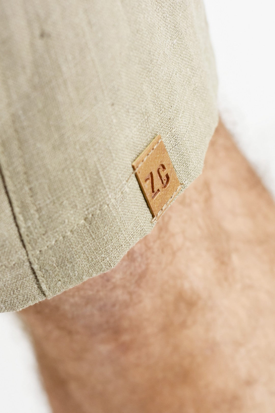 Mens Shorts Stone Linen with bellows pockets  ZG5184
