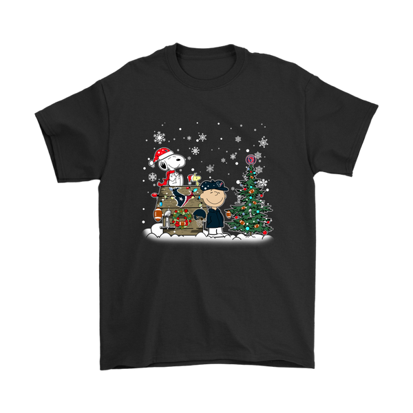 NFL – Houston Texans Snoopy The Peanuts Movie Christmas Football Super Bowl Shirt-T-shirt-Gildan Mens T-Shirt-Black-S-Itees Global