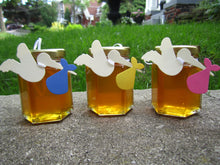 12 Honey Favours with Stork Tag (3.75 oz)