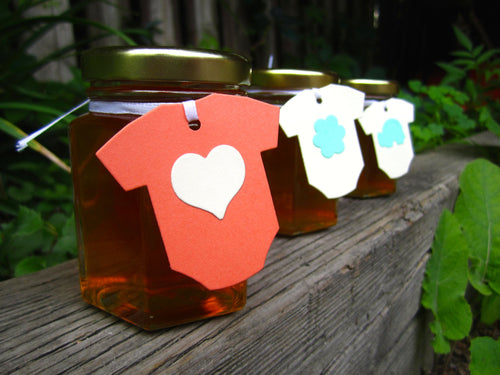 12 Honey Favours with Baby Onesie Tags (3.75 oz)