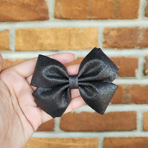 Black [medium Basic] - Solid Glitter