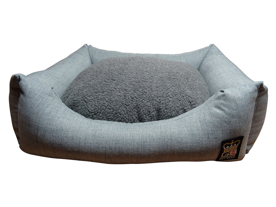 Classic Settee Barkshire Range - Dawn & Grey Fleece