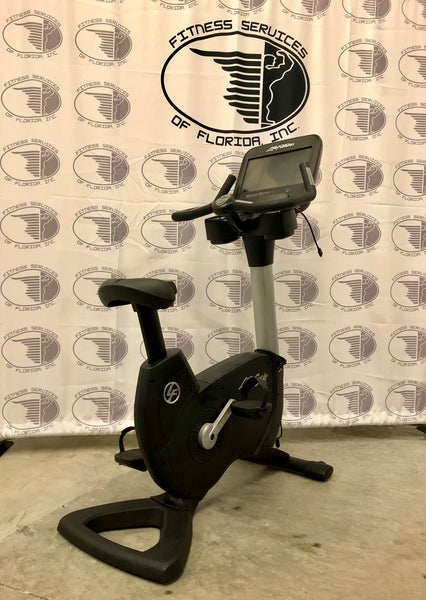 Life Fitness 95C with Discover SE Console(refurbished)