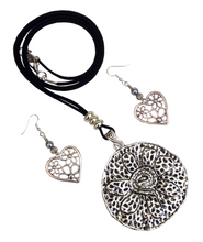 Large Round Flower Lagenlook Pendant Necklace & Earring Set in Antique Silver