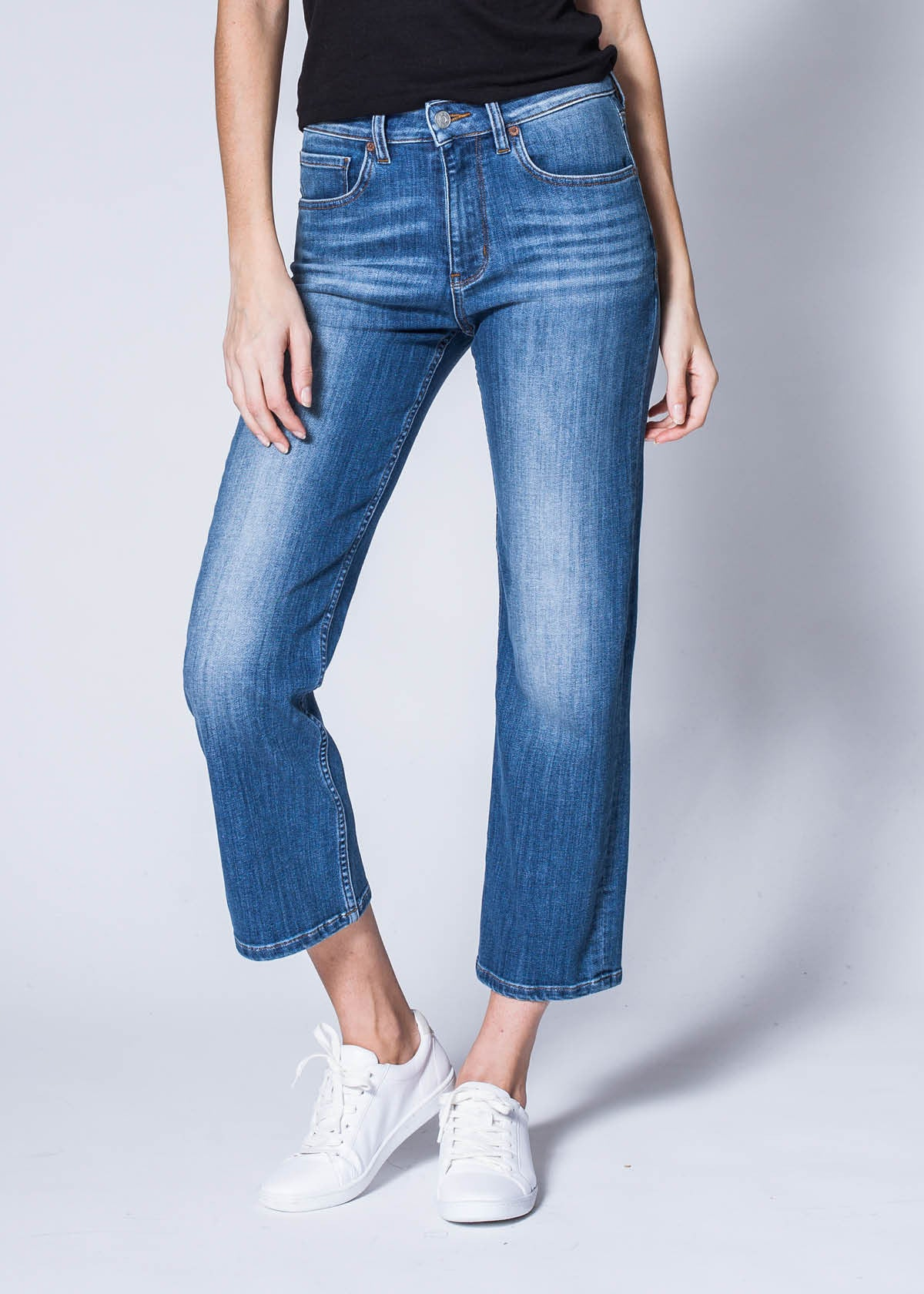 High Rise Straight Jeans Fit