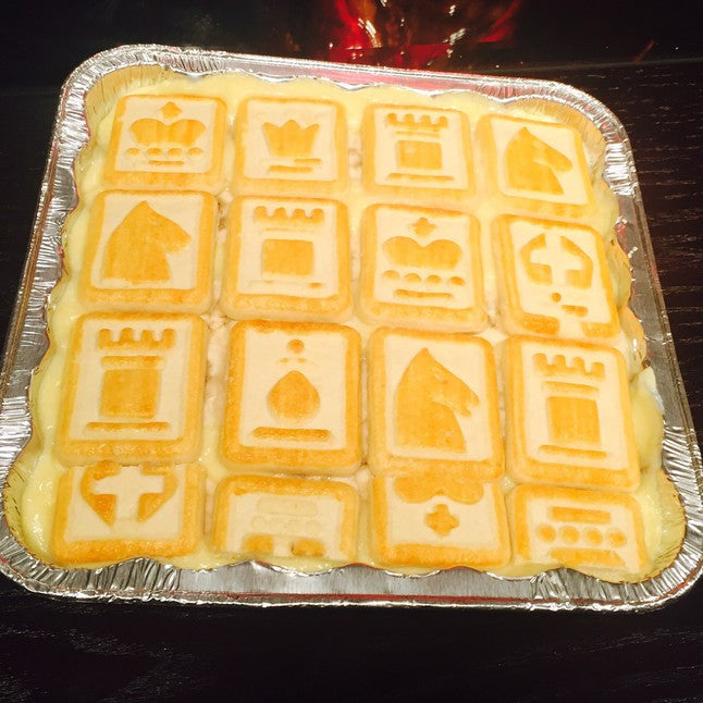 Banana Pudding Pan With Chessmen Cookies