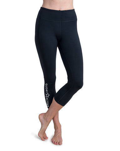 "Pocket Capri Leggings - ""He Makes No Mistakes"""