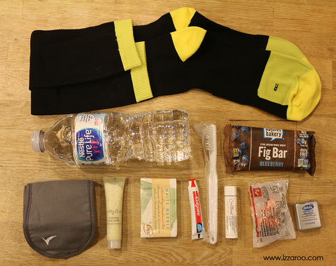 IZZAROO - DIY How to Pack Blessing Bag Socks