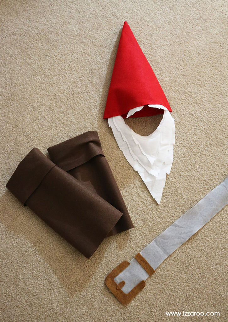 IZZAROO - DIY Tutorial - Gnome Halloween Costume