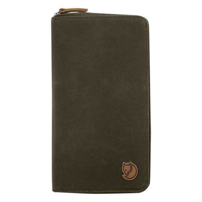 Fjallraven Travel Wallet Dark Olive - Xtreme Boardshop