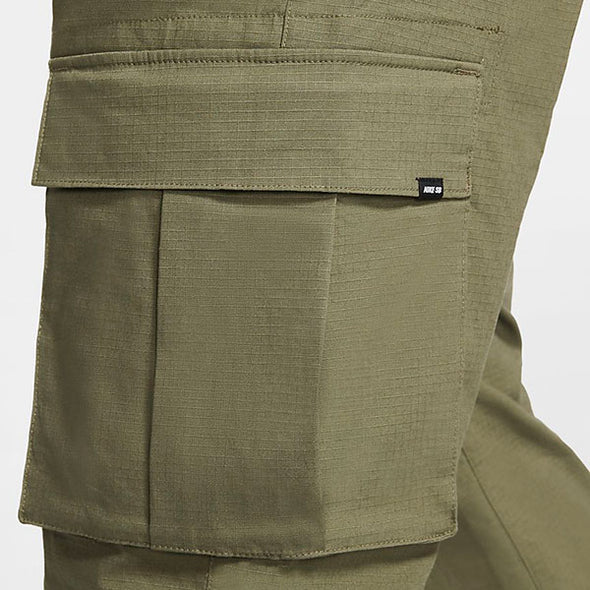 Nike SB Flex FTM Cargo Pants Medium Olive