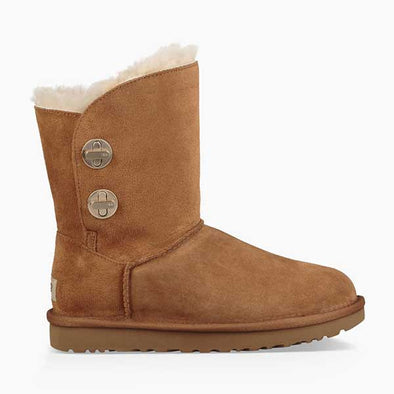 UGG Women's Classic Short Turnlock Boot (1094933) Chestnut