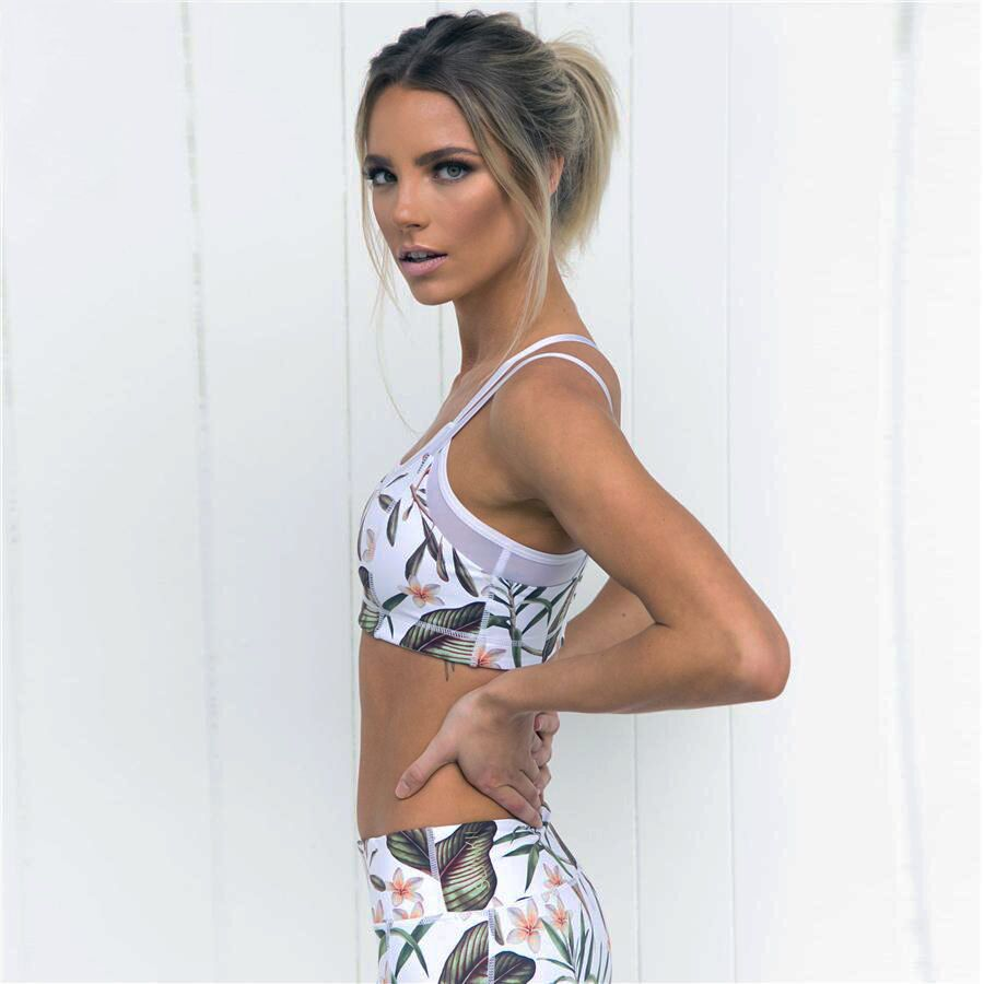 Floral Printed Two Piece Set / Crop Top and Leggings