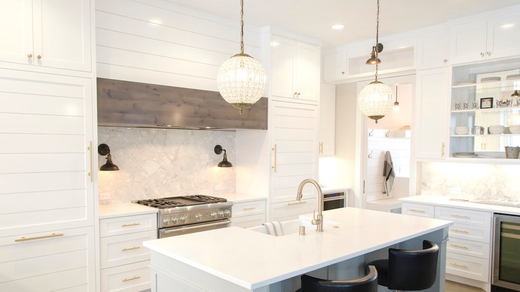 Accents and Accessories for an All-White Kitchen – Latham ...