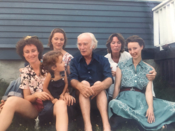 Illustrator Garth Williams with his 5 daughters, Rhode Island 1981