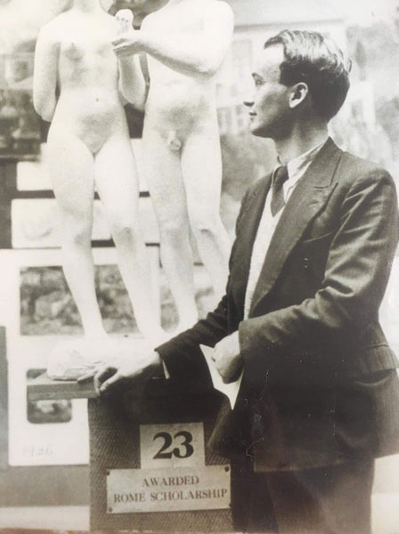 Illustrator Garth Williams with his Prix de Rome winning sculpture