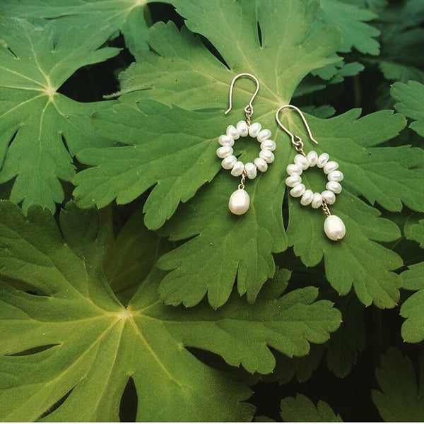 White pearl single circle drop earrings