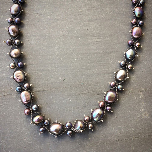 Wave Ribbon black pearl oxidized silver necklace