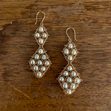 Graduated Nugget Earrings in champagne pearl