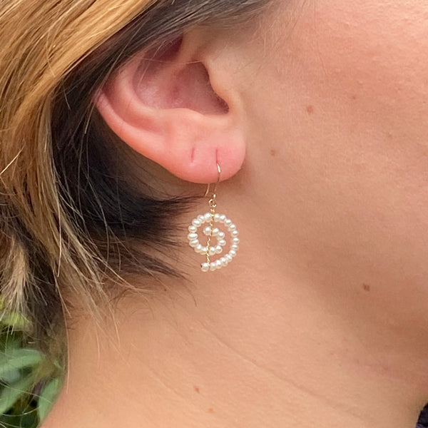 Small Spiral Earrings in White Pearl