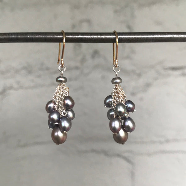 Small Cluster Earrings in Silver and Silver Pearl