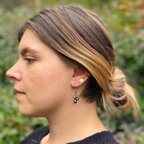 Small Cluster Earrings - Peacock Pearl
