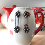 Black pearl 2 Nugget long earrings