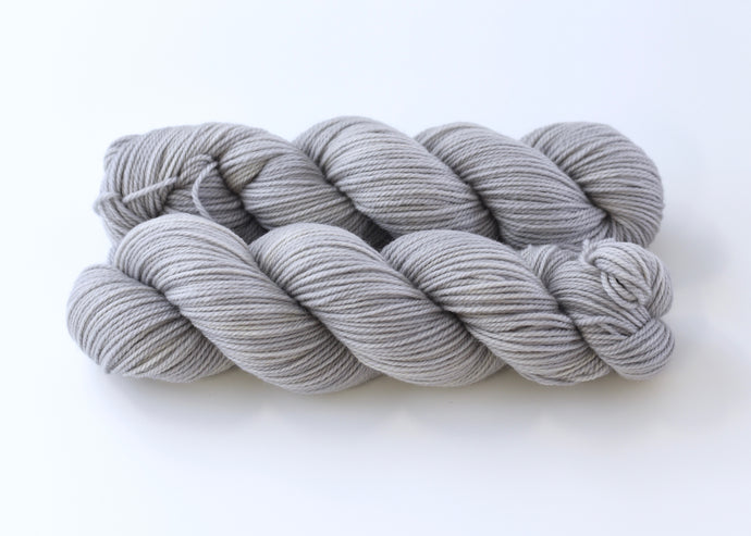 Cloud Gray on Comfort DK