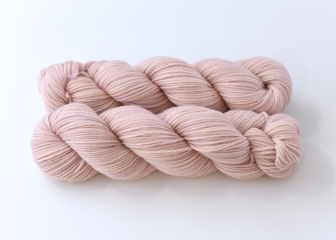 Rose Water on Comfort DK