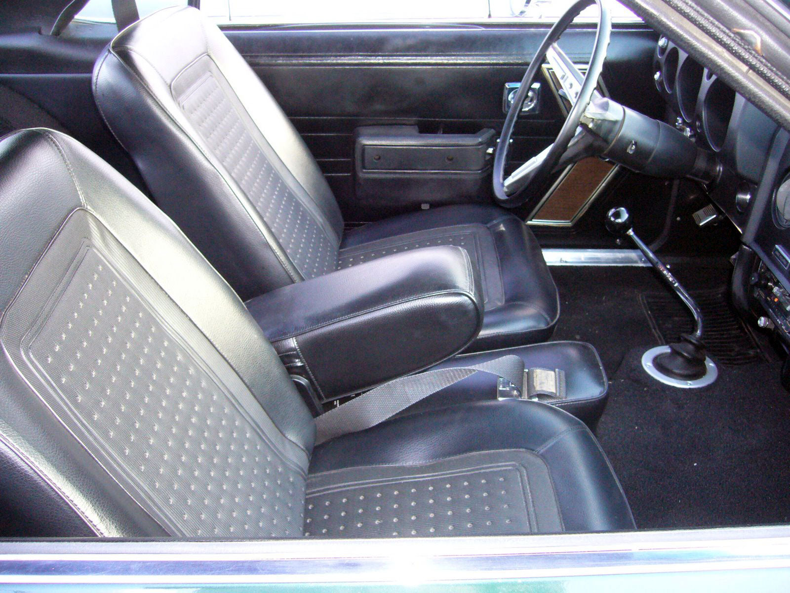 legendary auto interior legendary auto interiors chevelle floor mats chevelle v flag legendary. Black Bedroom Furniture Sets. Home Design Ideas