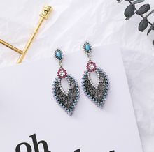 Load image into Gallery viewer, Vintage Style Earrings