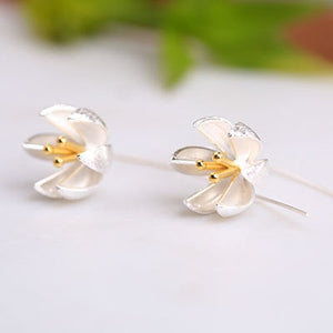 925 Sterling Silver Dainty Flower Earrings
