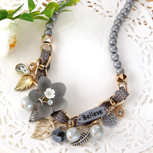 Load image into Gallery viewer, Flower Choker Necklace