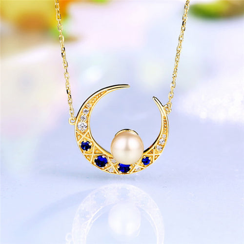 Freshwater Pearl Moon Necklace