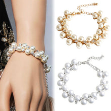 Load image into Gallery viewer, Replica Pearl and Diamond Bracelet