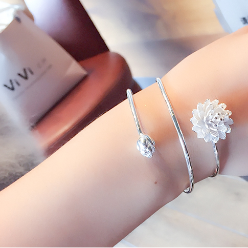 Lotus Heart Bangle